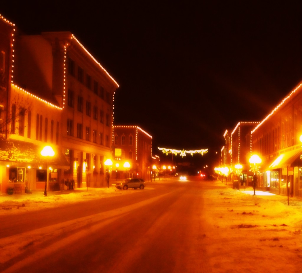 snowy night in red wing